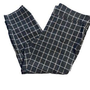 NWT INC Plus Window Pane Skinny Pants